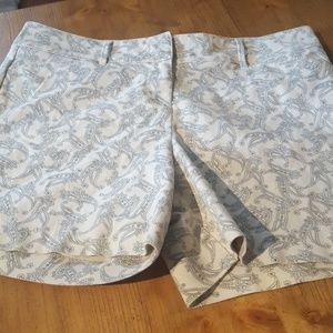 """The Limited paisley 5"""" inseam shorts"""